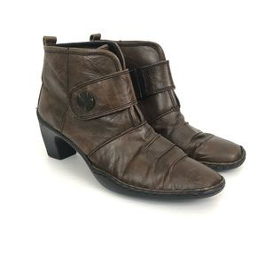 Josef Seibel Size 39 US 9 Brown Ruched Ankle Boots
